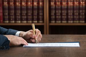 Hvornår kan omkostninger fratrækkes i et holdingselskab?
