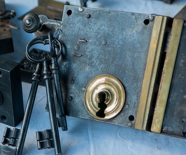 Hvordan finder jeg en god låsesmed?
