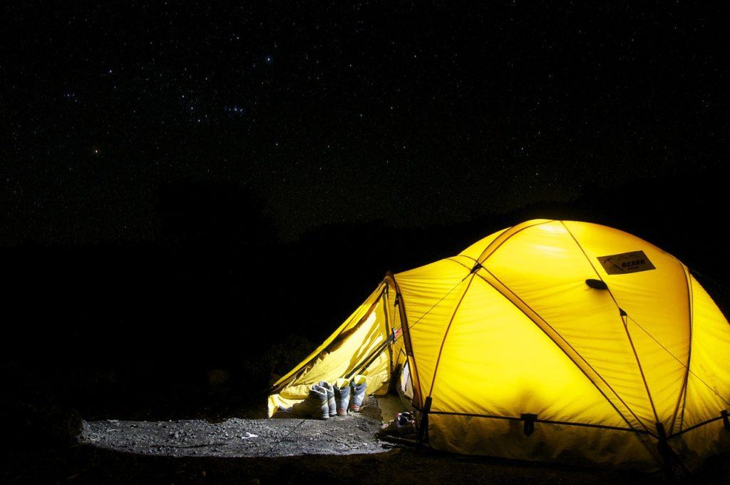 Det kan du lave, når det regner på campingturen