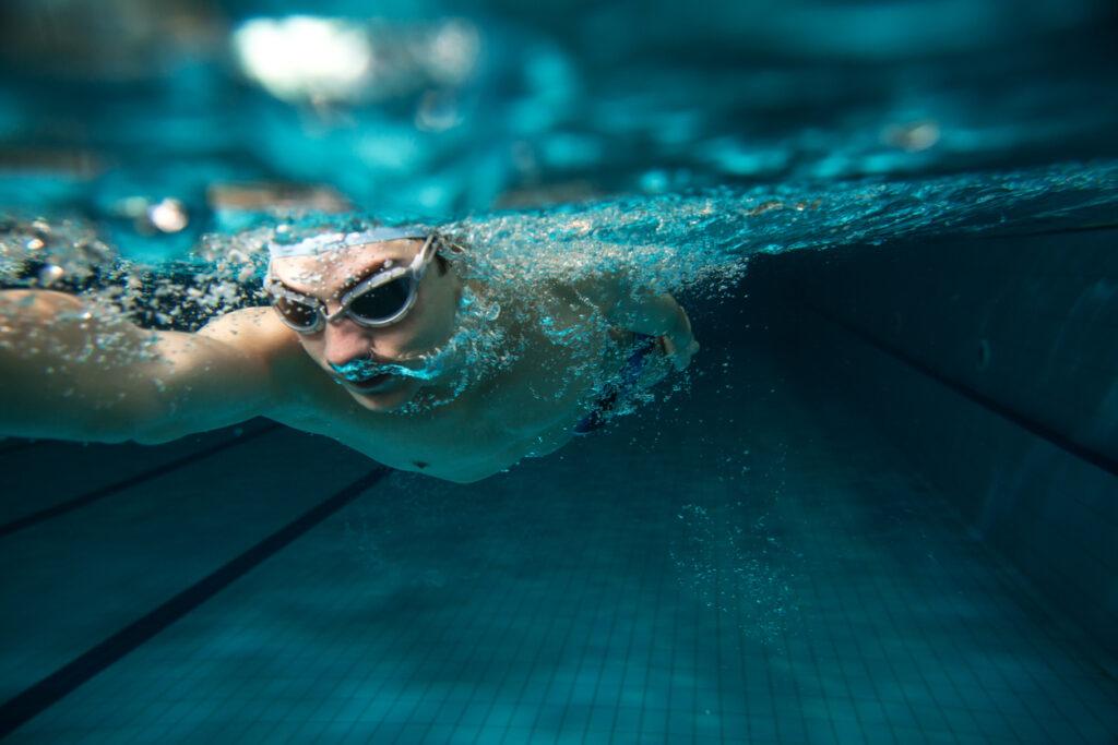 Træn som en olympisk svømmer