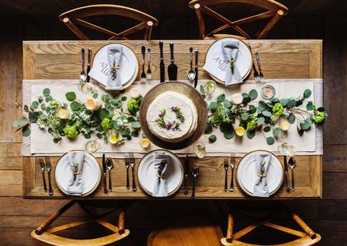 Opgradér hjemmet med et nyt spisebord